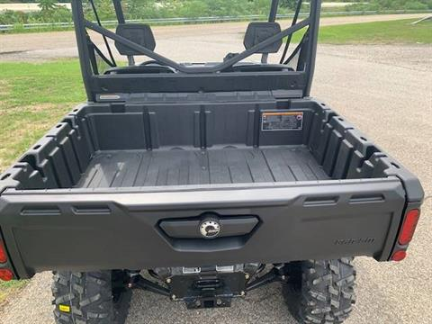 2021 Can-Am Defender DPS HD8 in Brilliant, Ohio - Photo 14