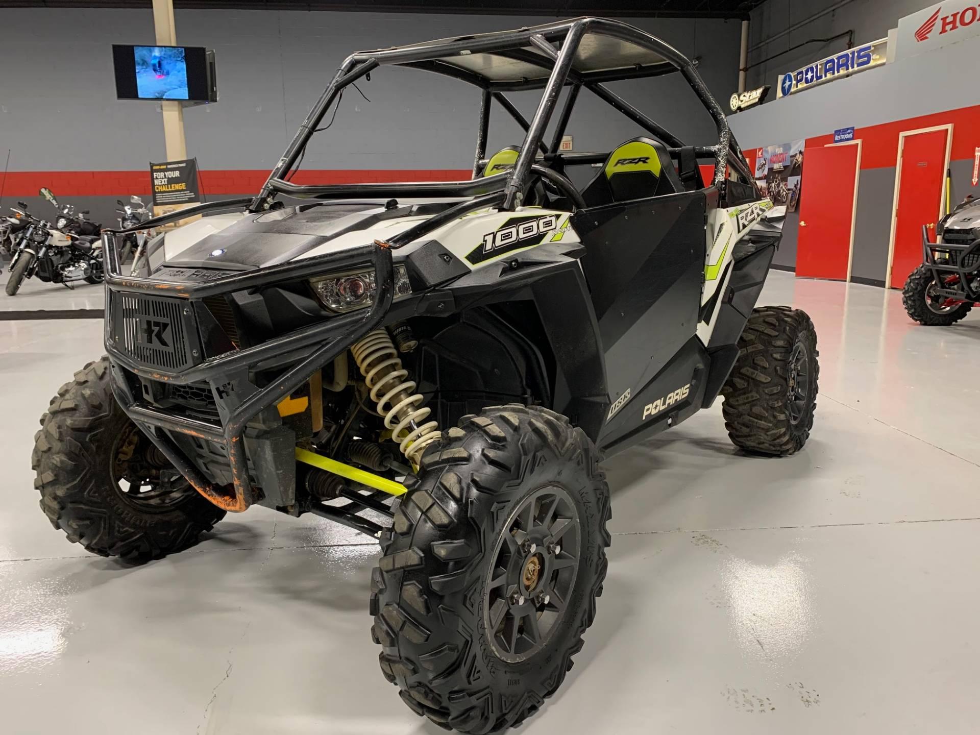 2018 Polaris RZR XP 1000 EPS in Brilliant, Ohio - Photo 2