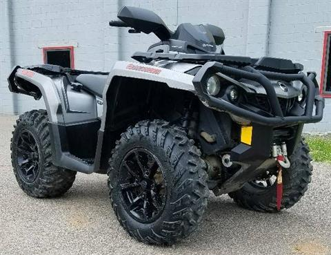 2017 Can-Am Outlander XT 1000R in Brilliant, Ohio