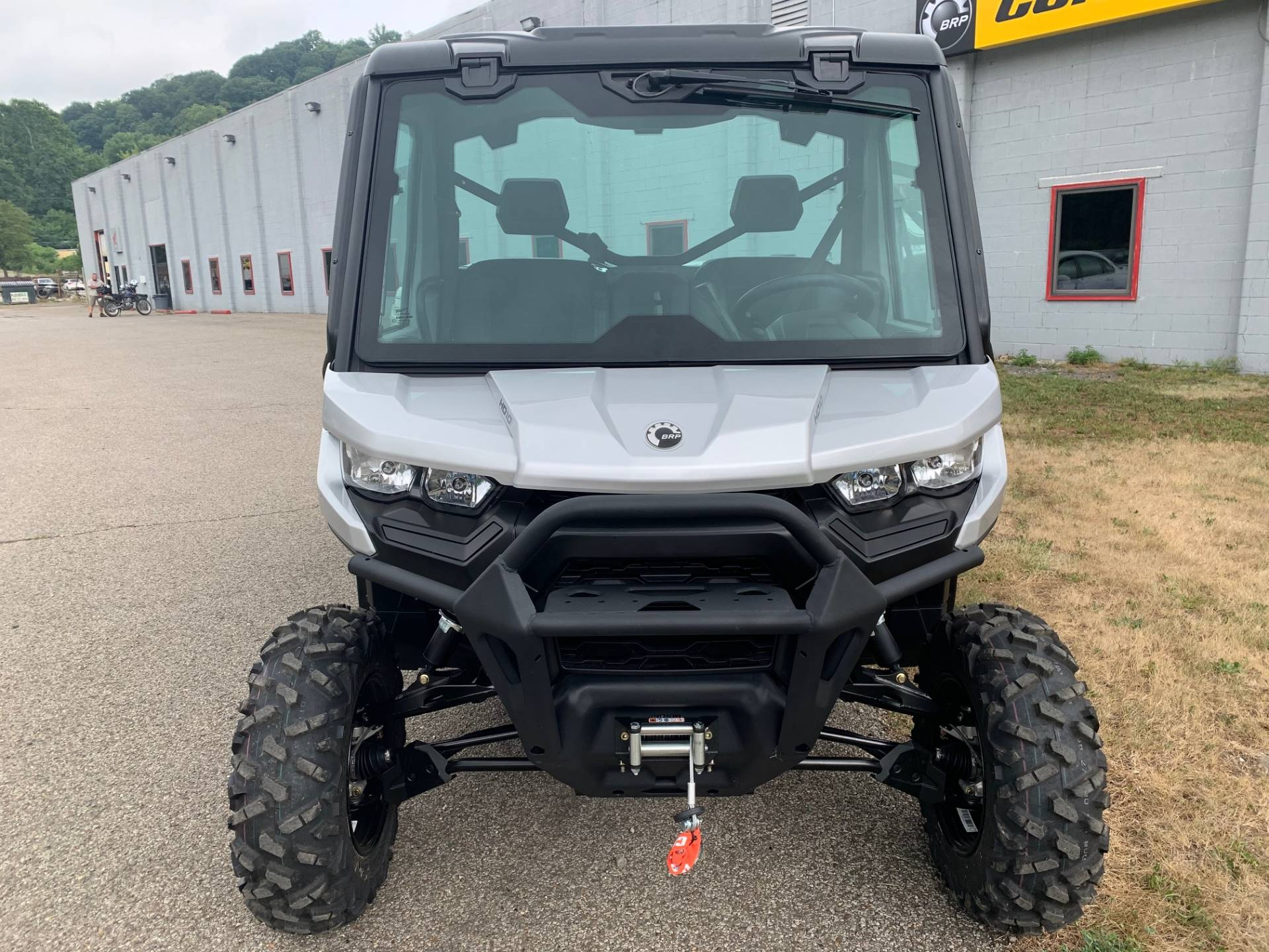 2020 Can-Am Defender XT CAB HD10 in Brilliant, Ohio - Photo 2