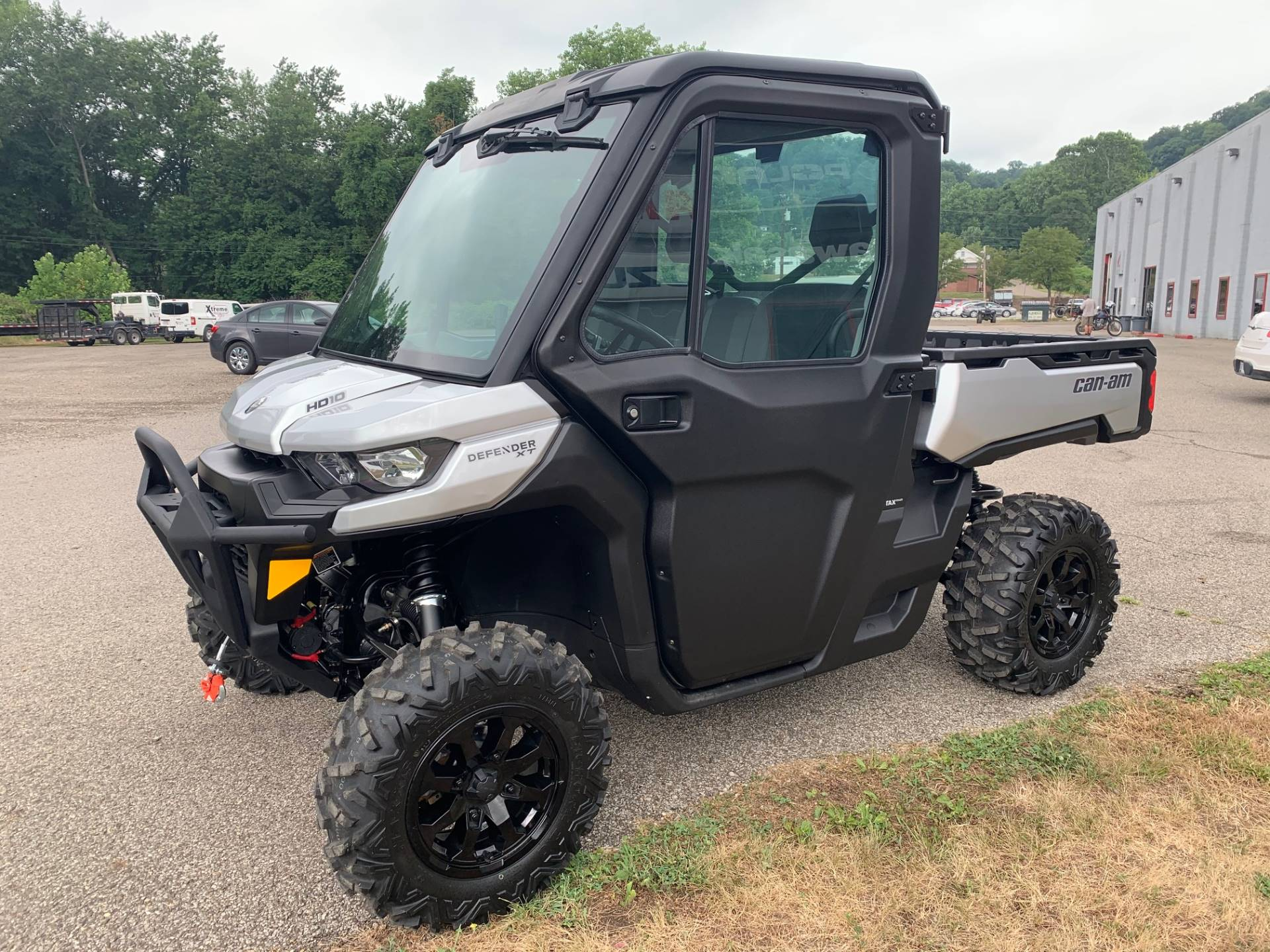2020 Can-Am Defender XT CAB HD10 in Brilliant, Ohio - Photo 3