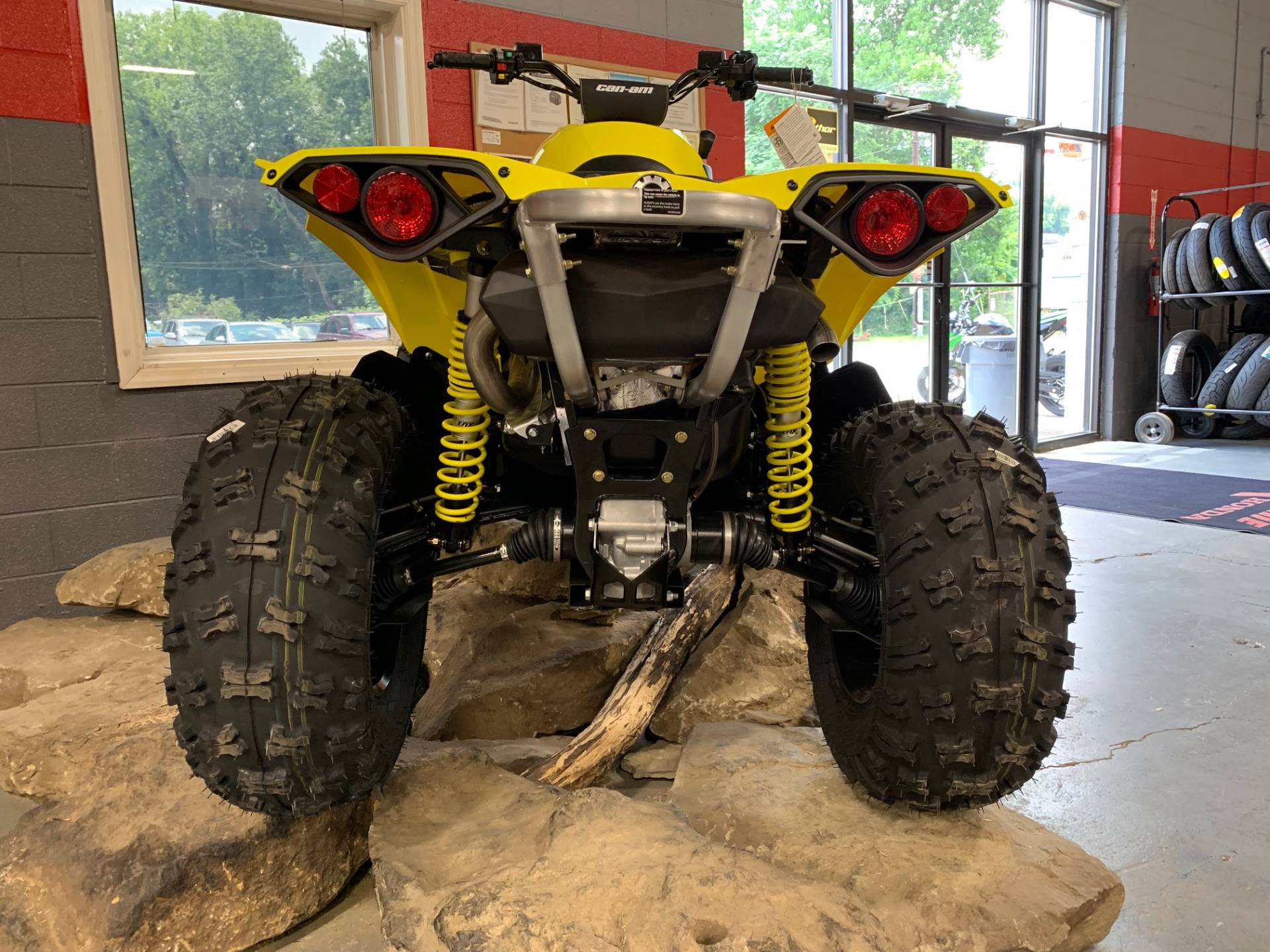 2019 Can-Am Renegade 1000R in Brilliant, Ohio - Photo 4