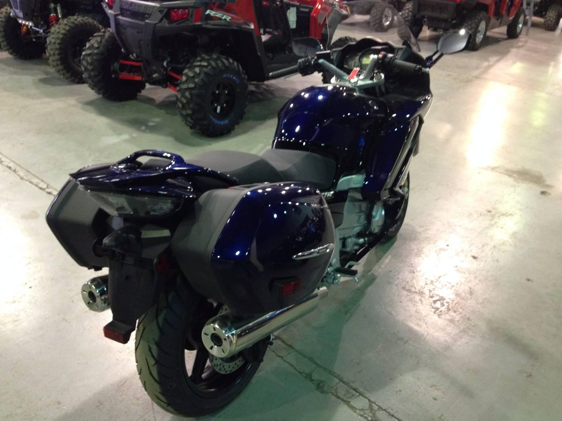 2016 Yamaha FJR1300A 6