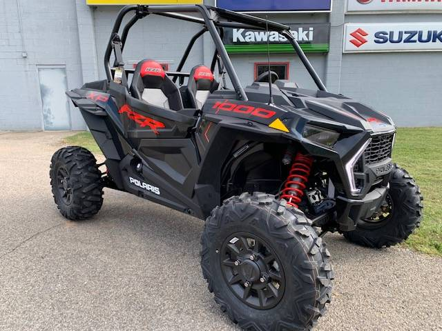 2020 Polaris RZR XP 1000 Premium in Brilliant, Ohio - Photo 1