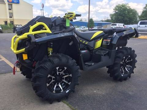 2018 Can-Am Outlander X mr 1000R in Brilliant, Ohio