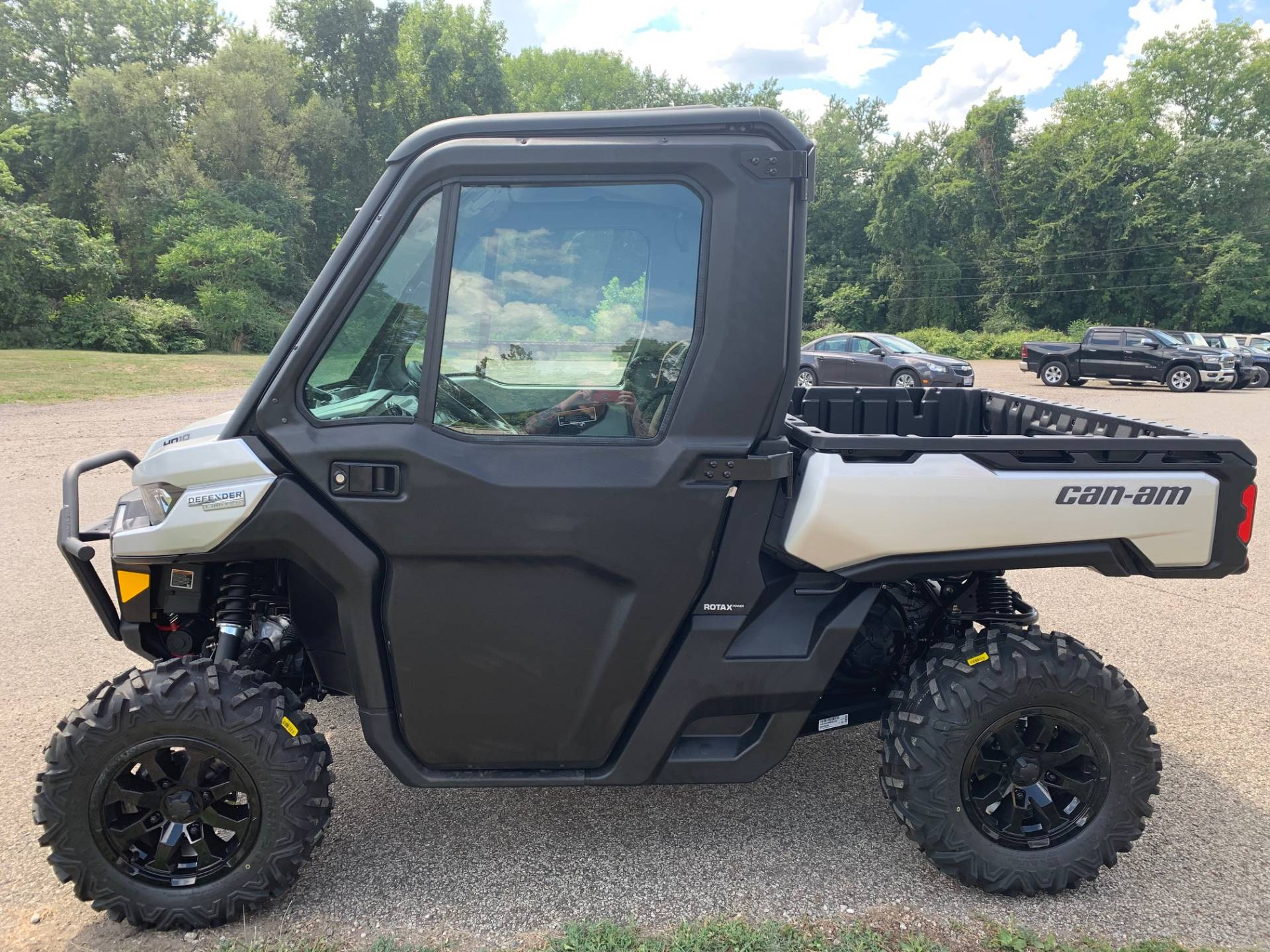 2021 Can-Am Defender Limited HD10 in Brilliant, Ohio - Photo 11