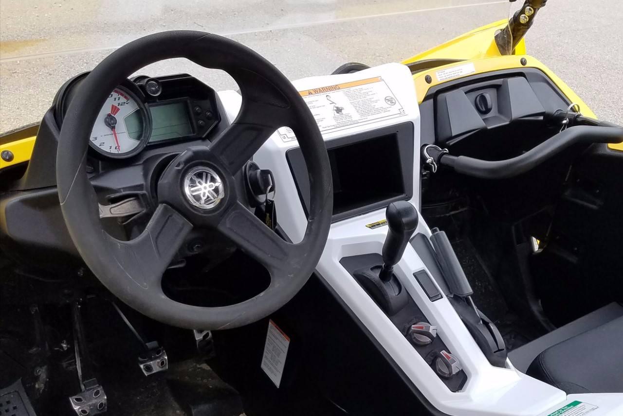 2016 Yamaha YXZ1000R SE 12