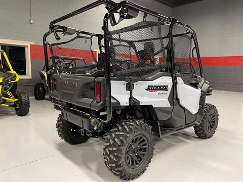 2021 Honda Pioneer 1000-5 Deluxe in Brilliant, Ohio - Photo 3