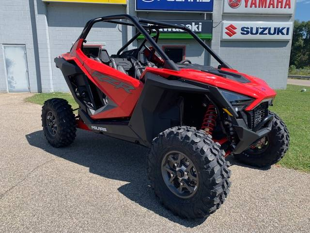 2020 Polaris RZR Pro XP Premium in Brilliant, Ohio - Photo 2