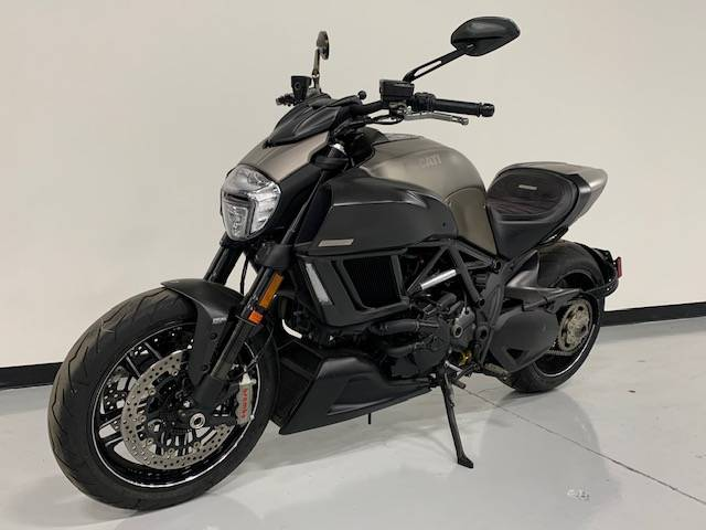 2015 Ducati Diavel Titanium in Brilliant, Ohio - Photo 1