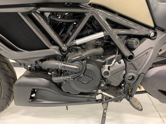 2015 Ducati Diavel Titanium in Brilliant, Ohio - Photo 3