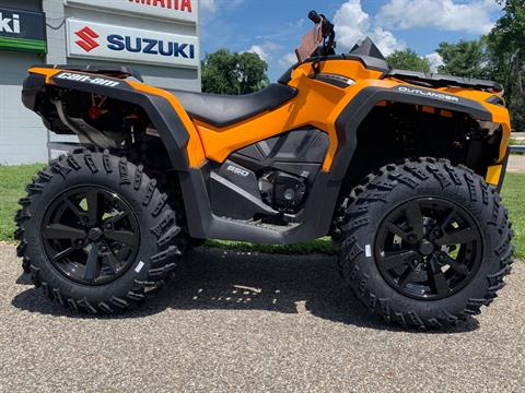 2019 Can-Am Outlander DPS 650 in Brilliant, Ohio - Photo 2