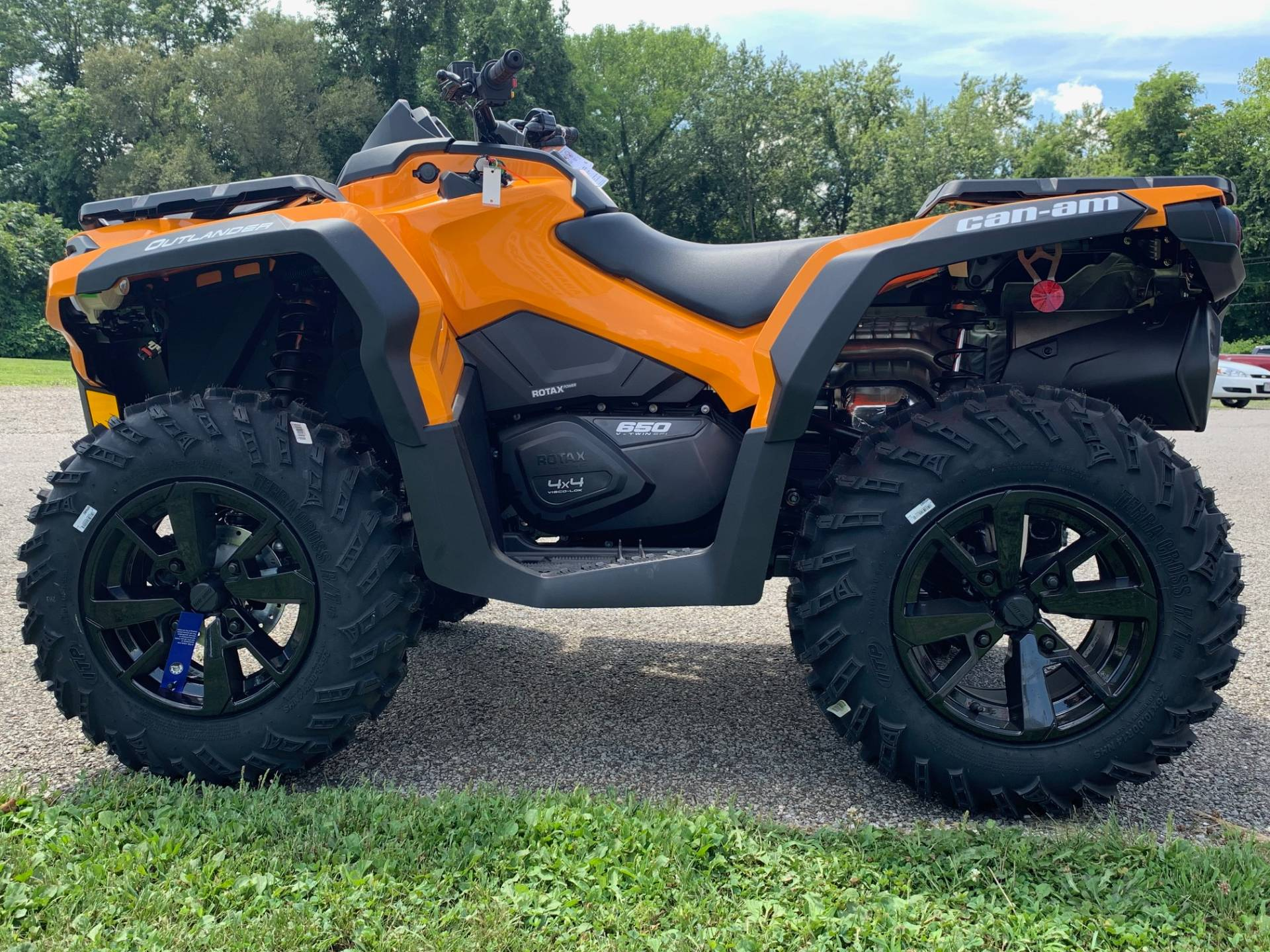 2019 Can-Am Outlander DPS 650 in Brilliant, Ohio - Photo 6