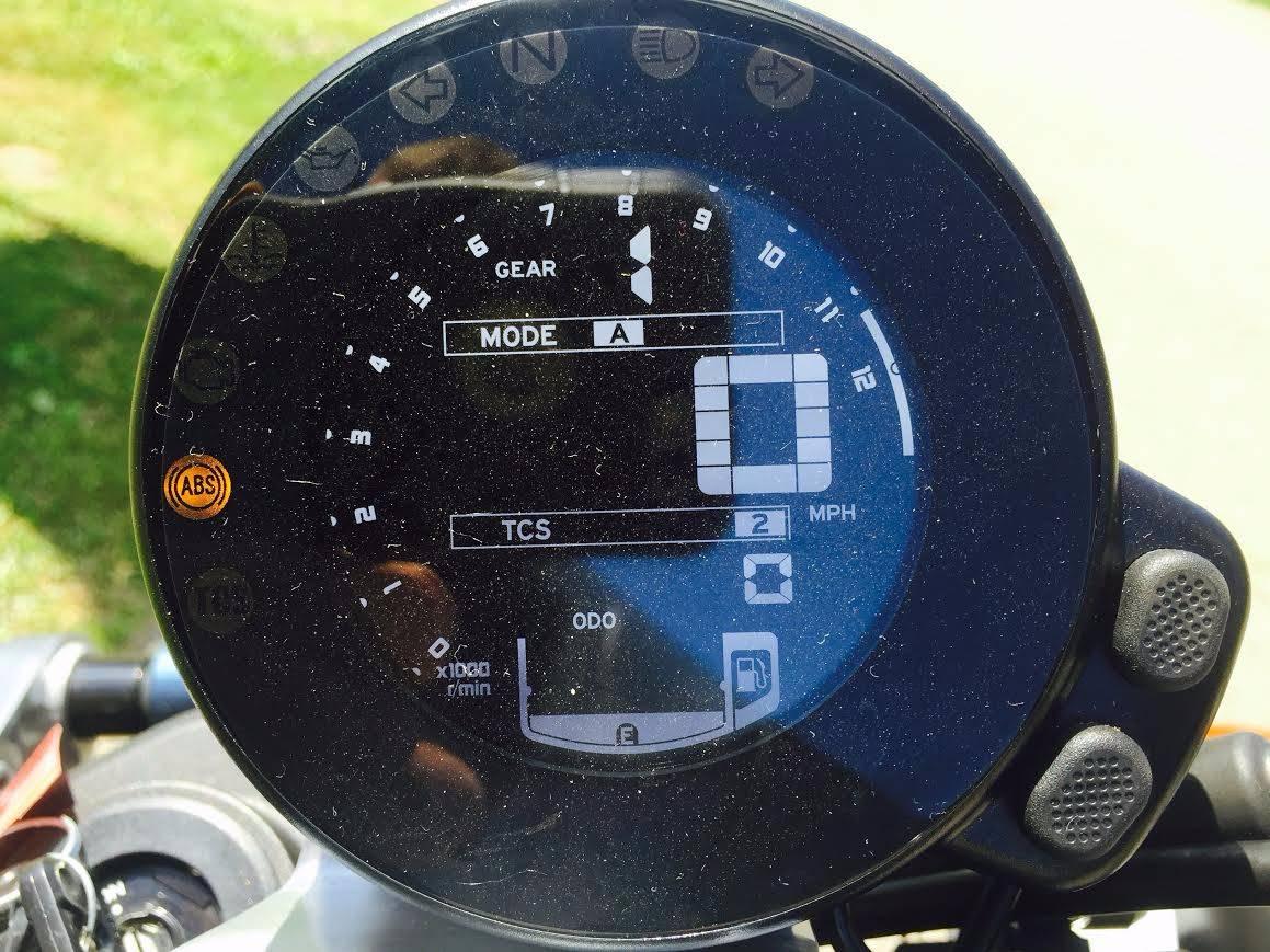 2017 Yamaha XSR900 6