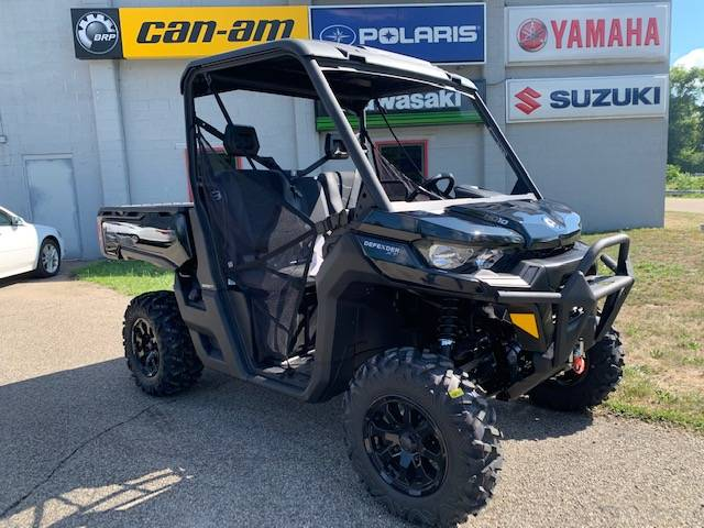 2021 Can-Am Defender XT HD10 in Brilliant, Ohio - Photo 1