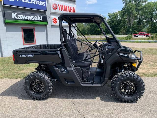 2021 Can-Am Defender XT HD10 in Brilliant, Ohio - Photo 2