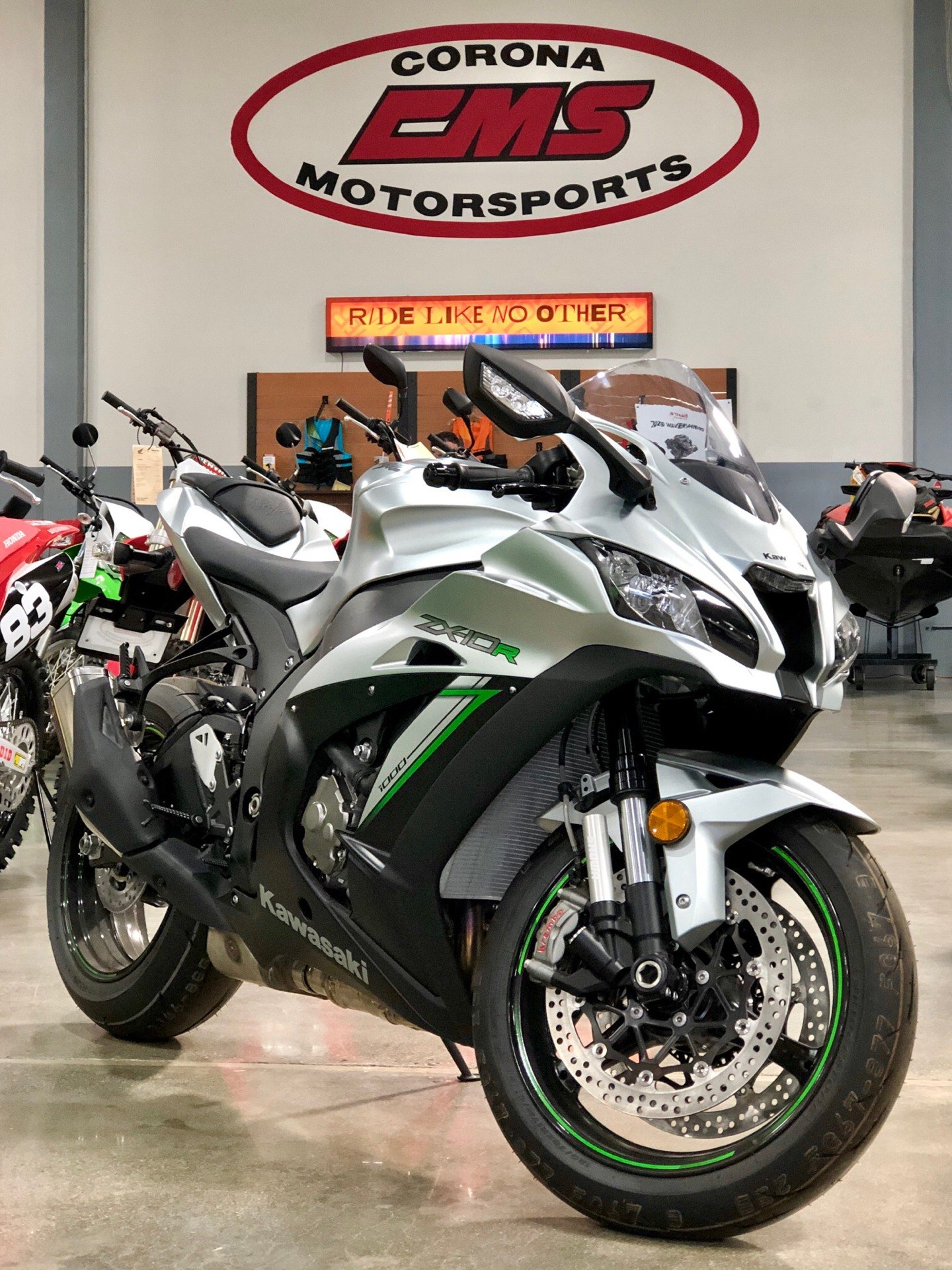 2018 Kawasaki Ninja ZX-10R ABS in Corona, California - Photo 2