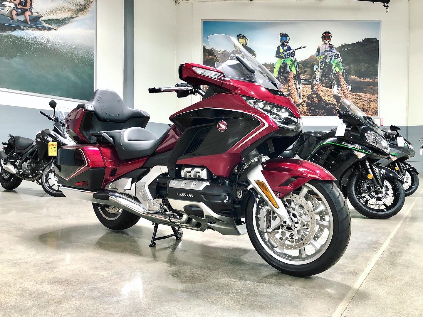 2020 Honda Gold Wing Tour in Corona, California - Photo 2