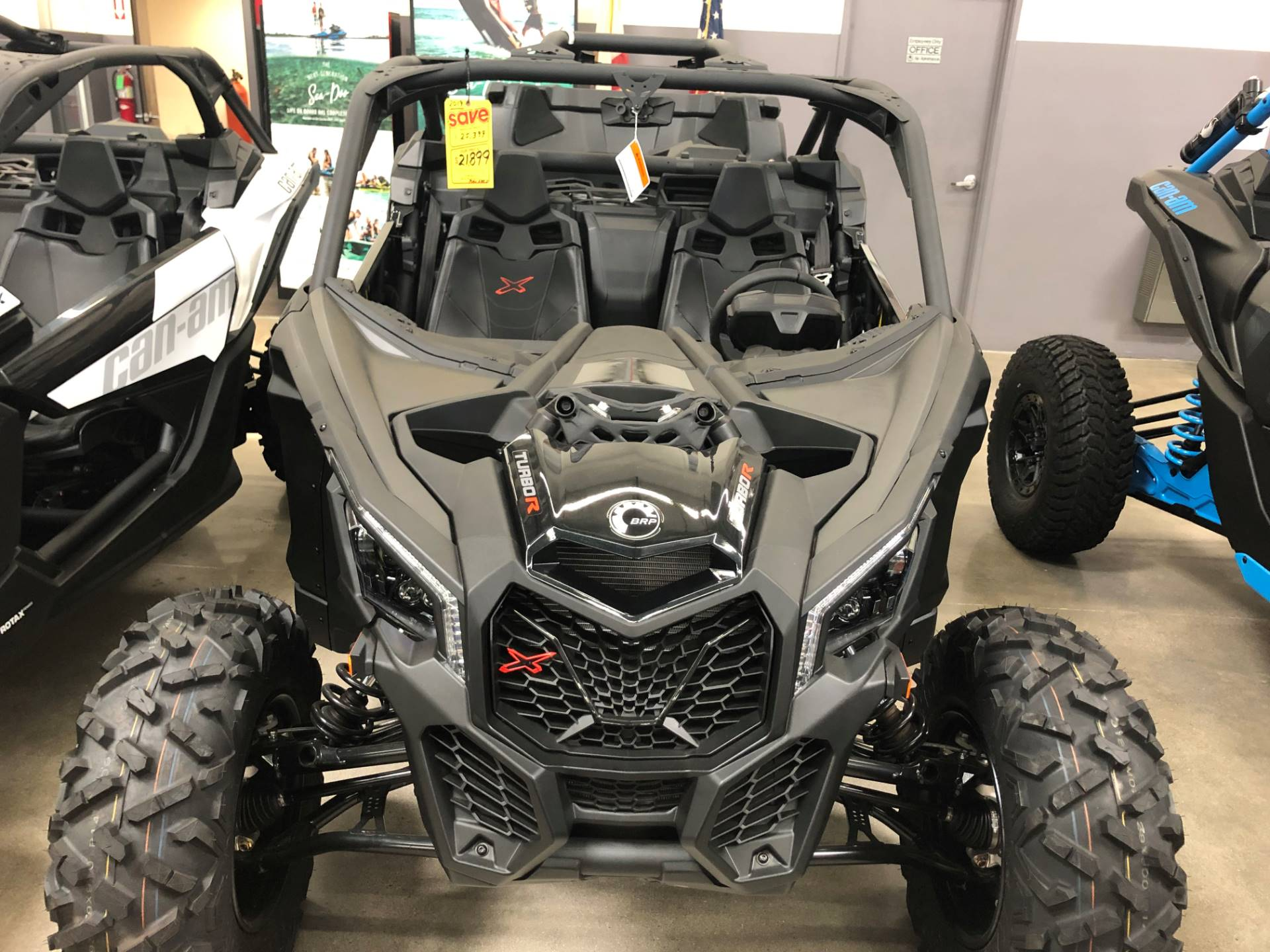 2019 Can-Am Maverick X3 X ds Turbo R in Corona, California - Photo 1