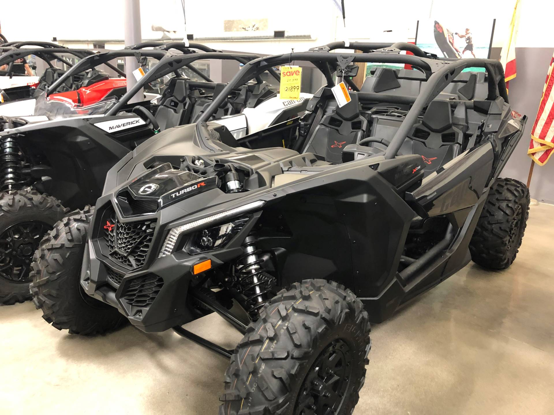2019 Can-Am Maverick X3 X ds Turbo R in Corona, California - Photo 2