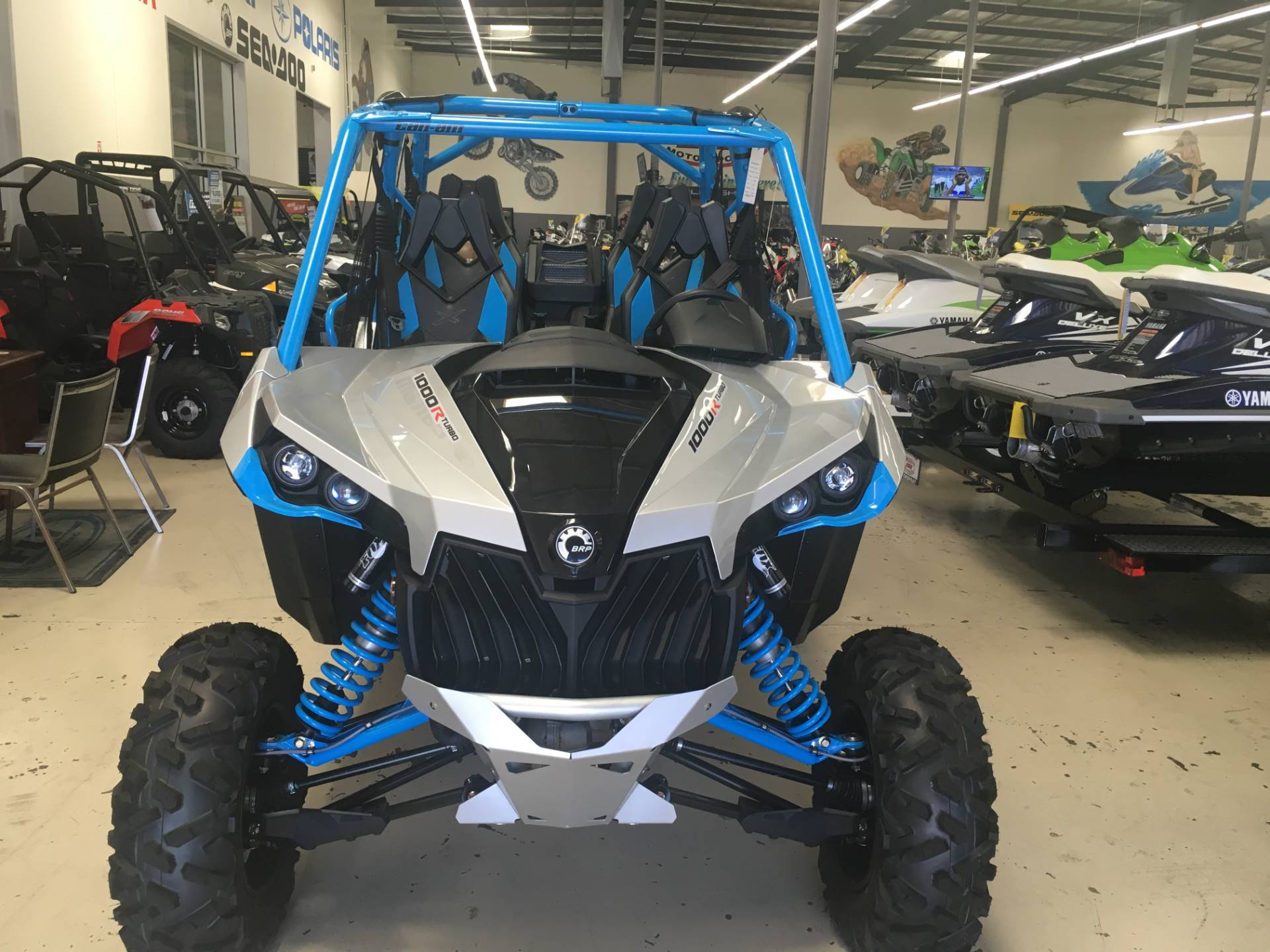 2017 Can-Am Maverick MAX X ds Turbo in Corona, California