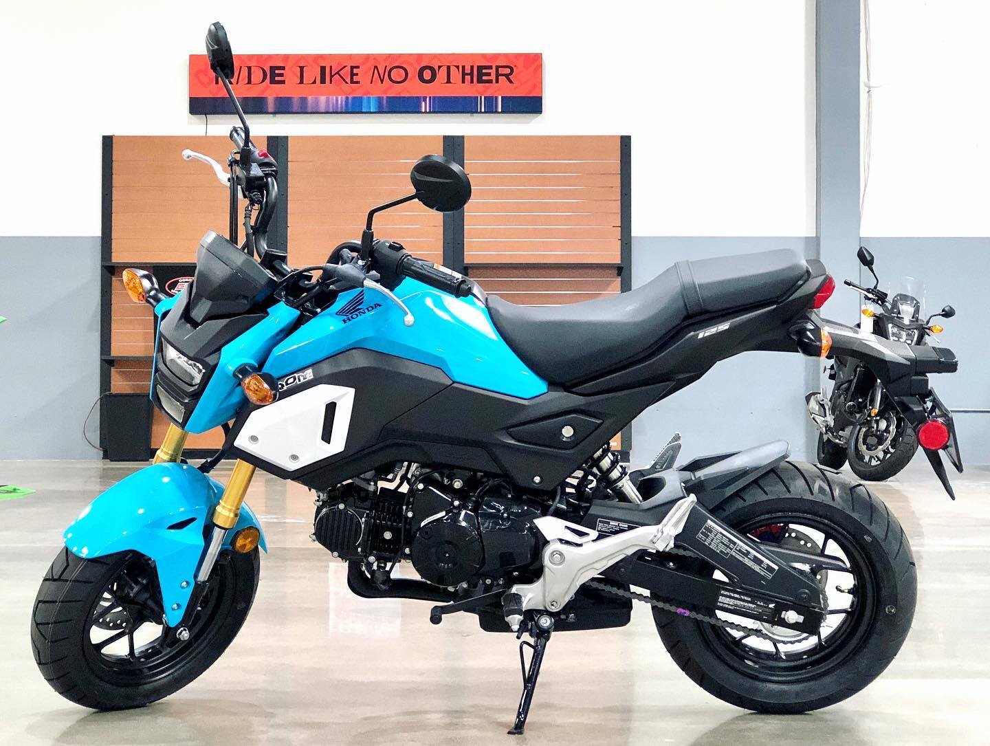 2020 Honda Grom in Corona, California - Photo 2