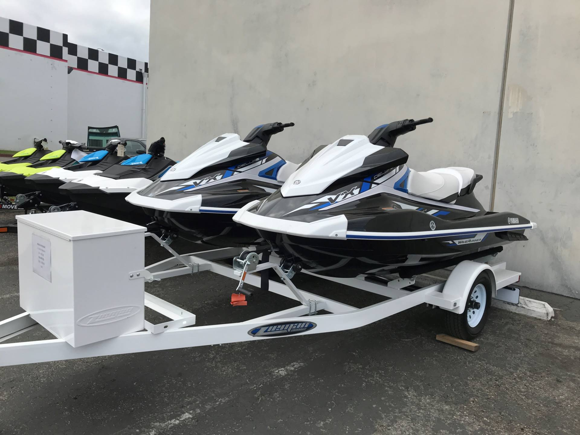 2019 Yamaha VX Deluxe in Corona, California - Photo 2