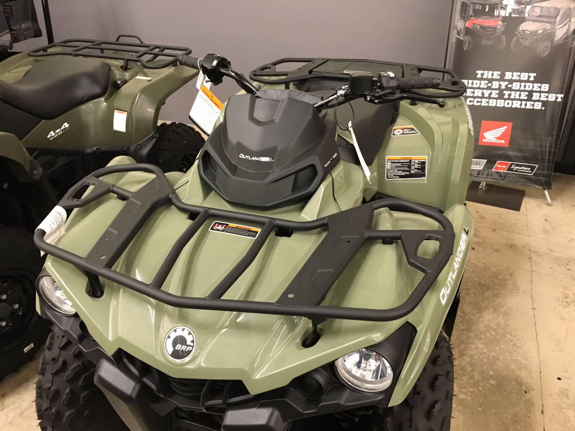 2016 Can-Am Outlander L DPS 570 in Corona, California