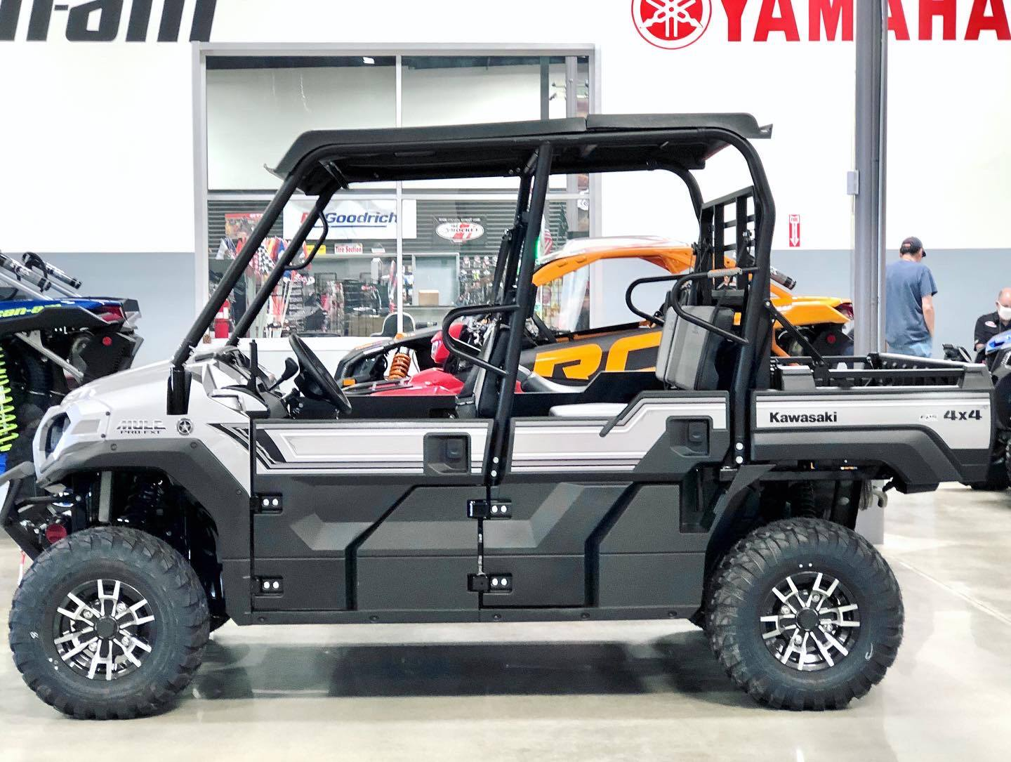 2020 Kawasaki Mule PRO-FXT Ranch Edition in Corona, California - Photo 2