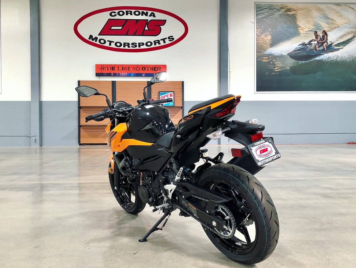 2020 Kawasaki Z400 ABS in Corona, California - Photo 3