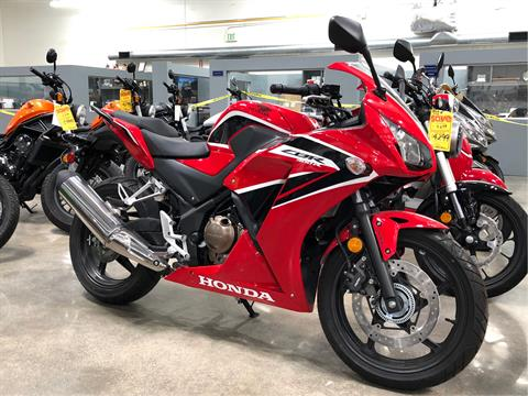 2017 Honda CBR300R ABS in Corona, California - Photo 1