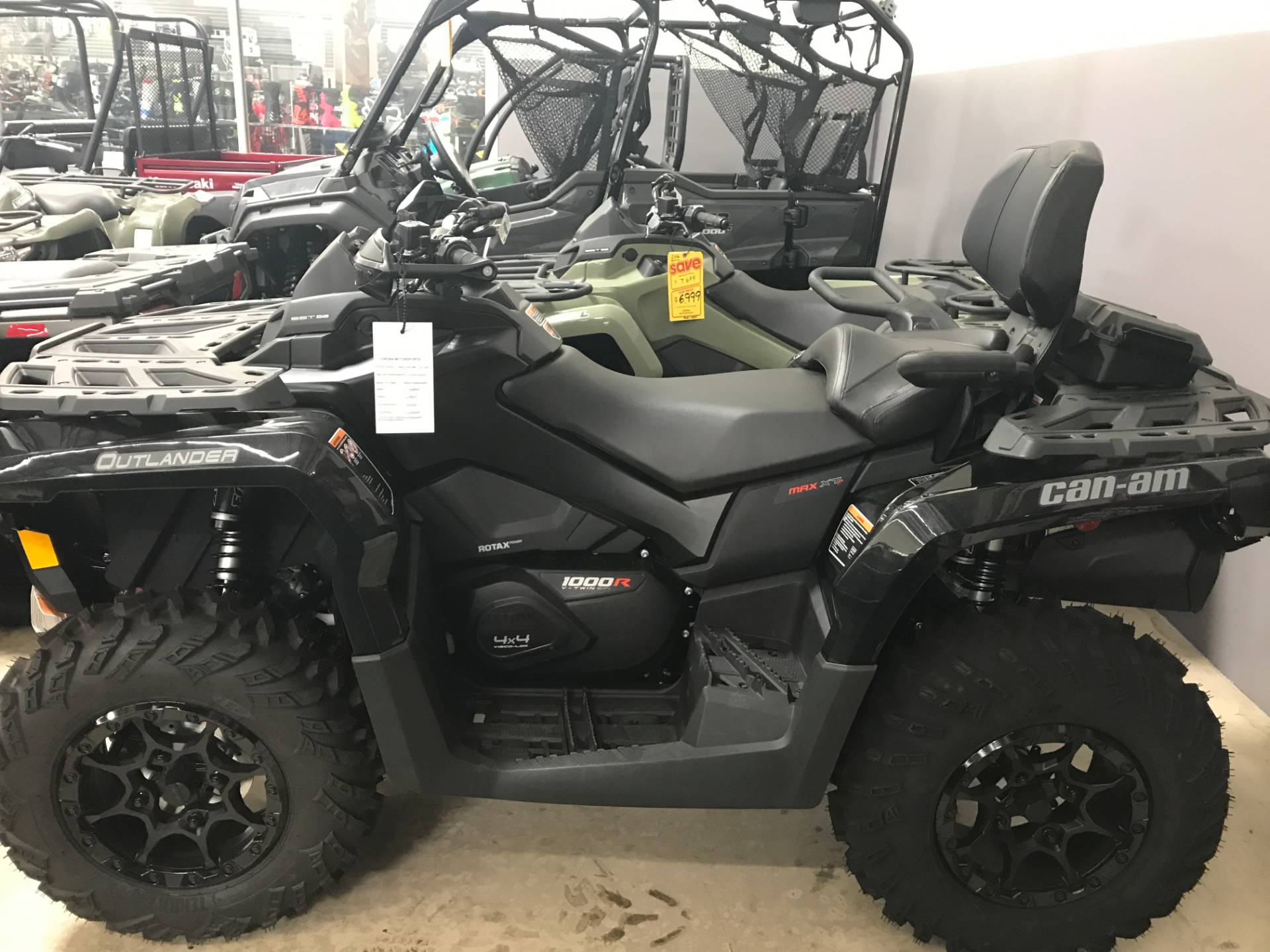 2017 Can-Am Outlander MAX XT-P 1000R in Corona, California