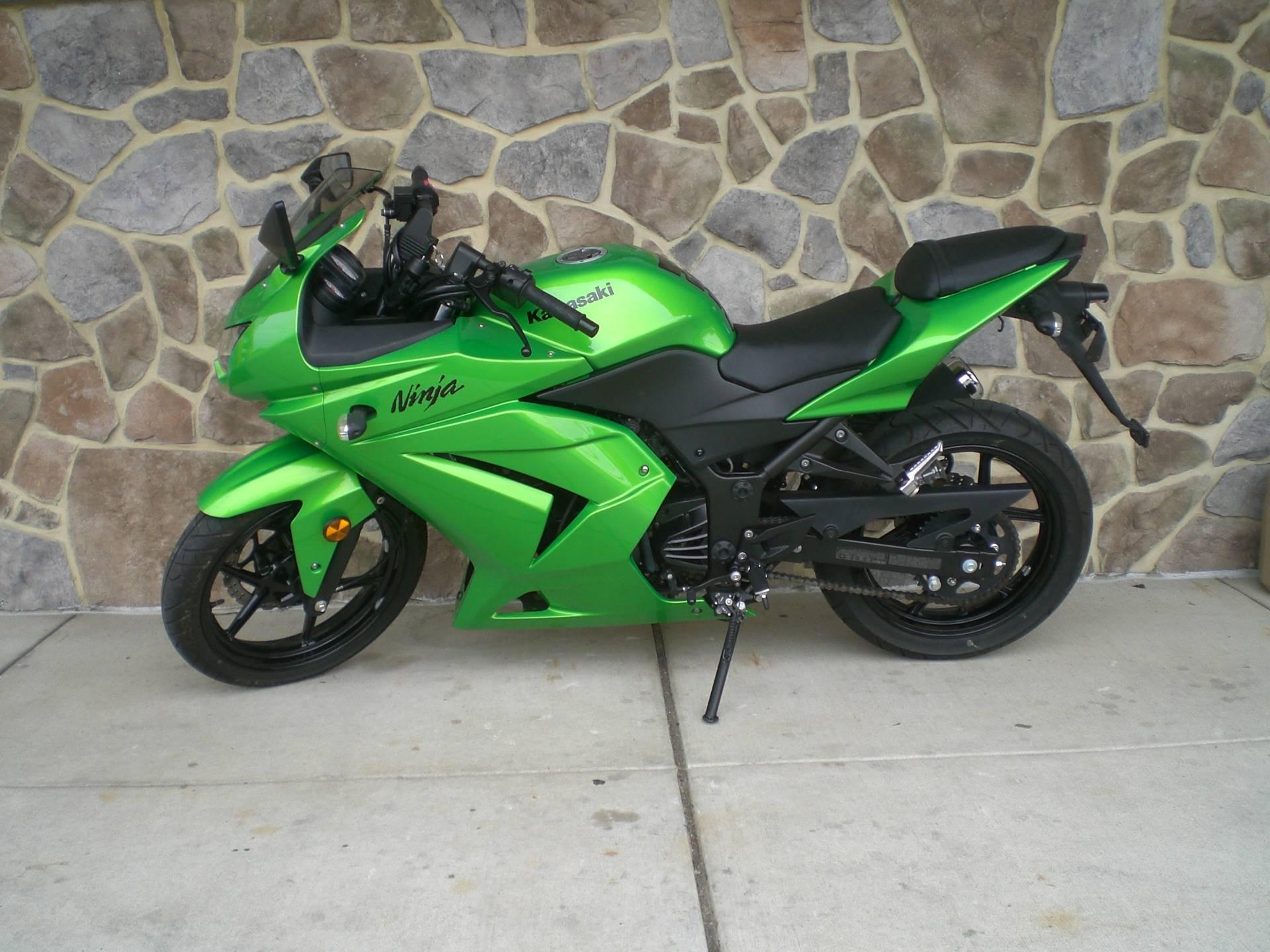 2012 Kawasaki Ninja® 250R in Manheim, Pennsylvania