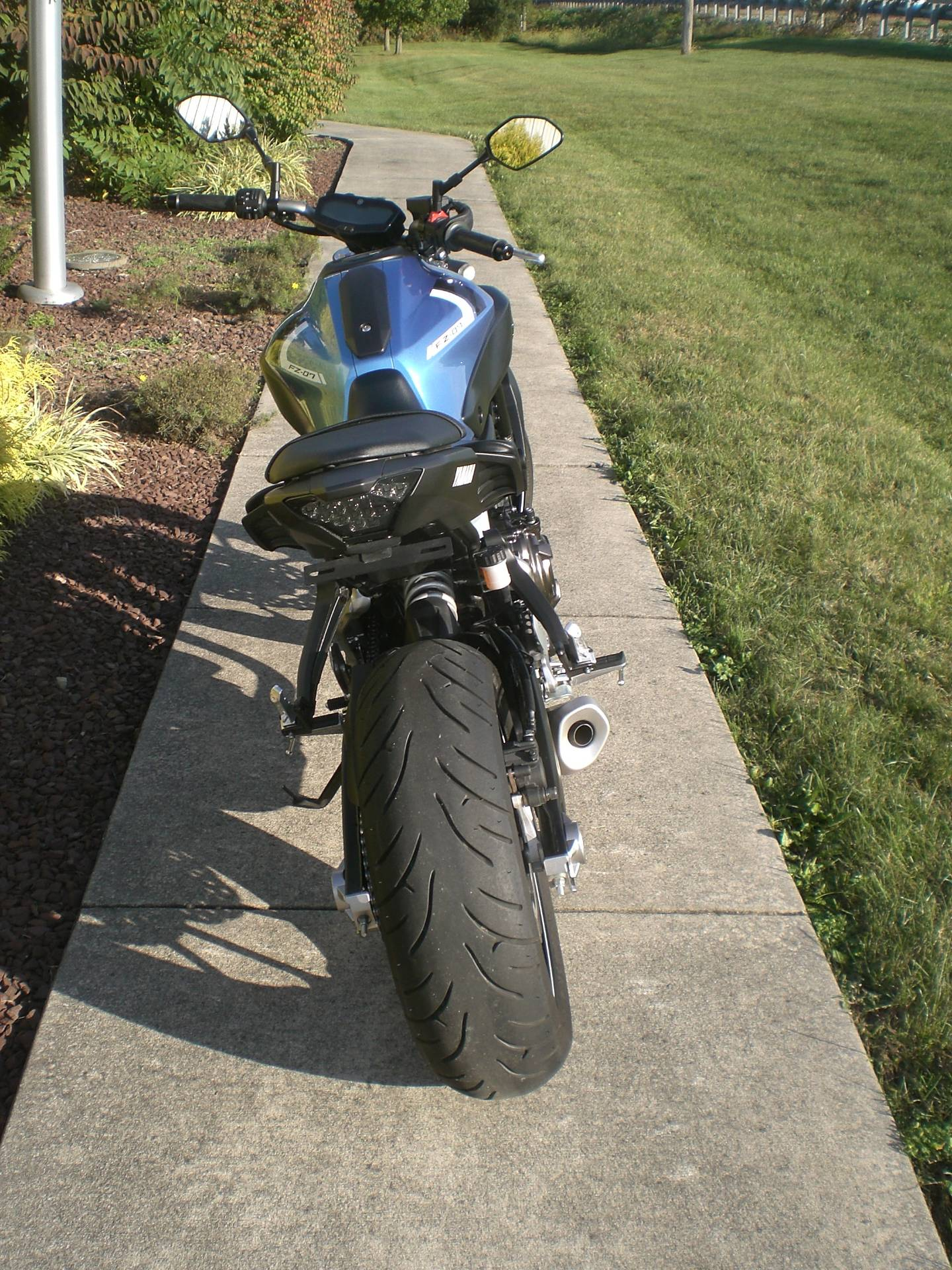 2017 Yamaha FZ-07 in Manheim, Pennsylvania - Photo 5
