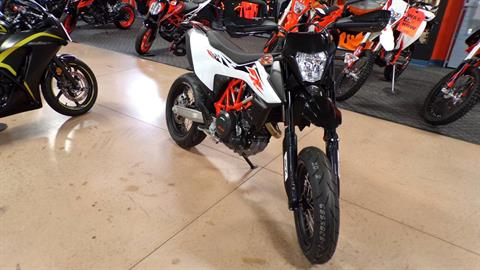 2019 KTM 690 SMC R in Manheim, Pennsylvania - Photo 3