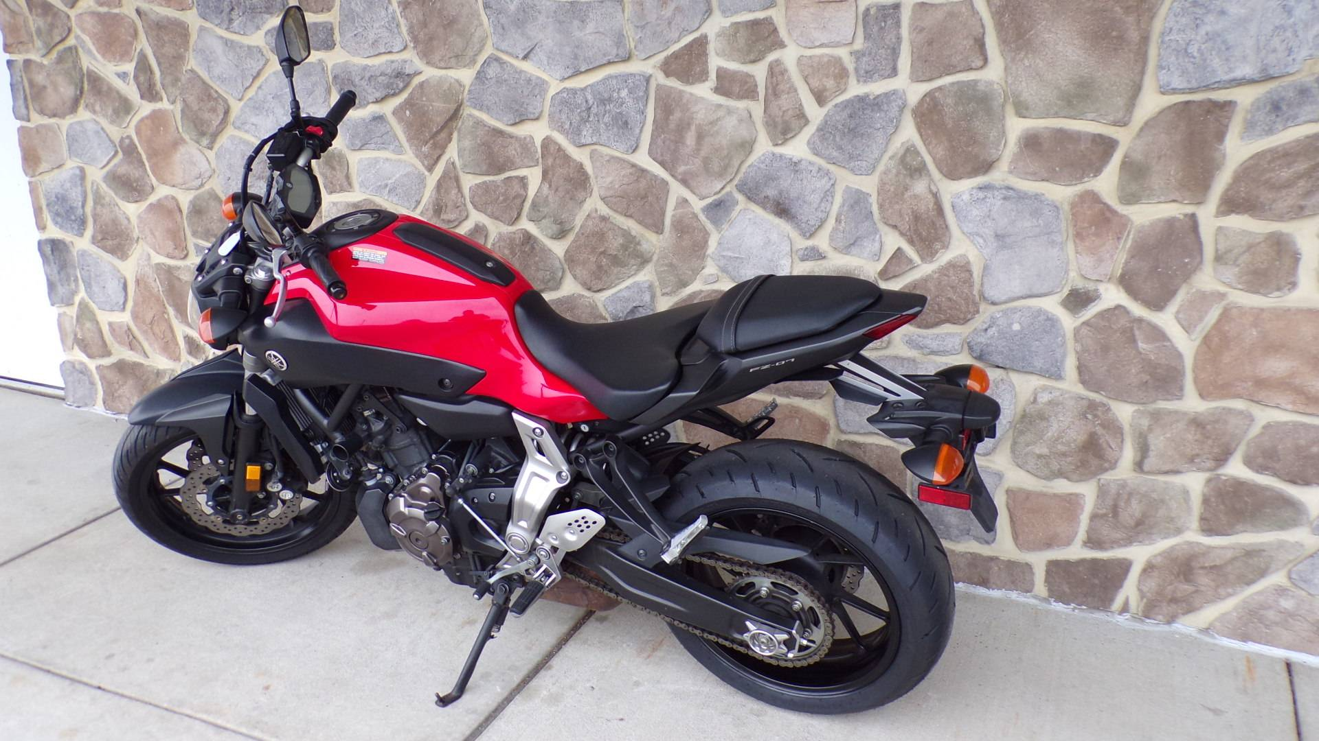 2015 Yamaha FZ-07 in Manheim, Pennsylvania - Photo 4