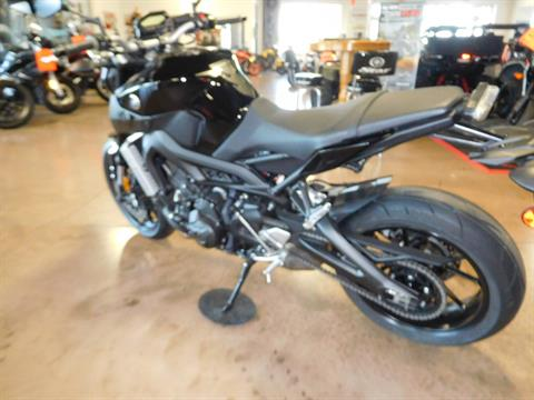 2016 Yamaha FZ-09 in Manheim, Pennsylvania - Photo 5