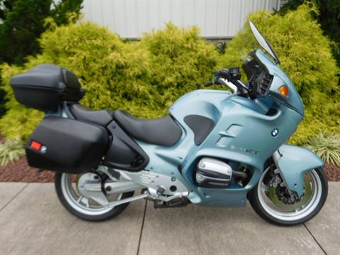 2001 BMW R 1100 RT in Manheim, Pennsylvania