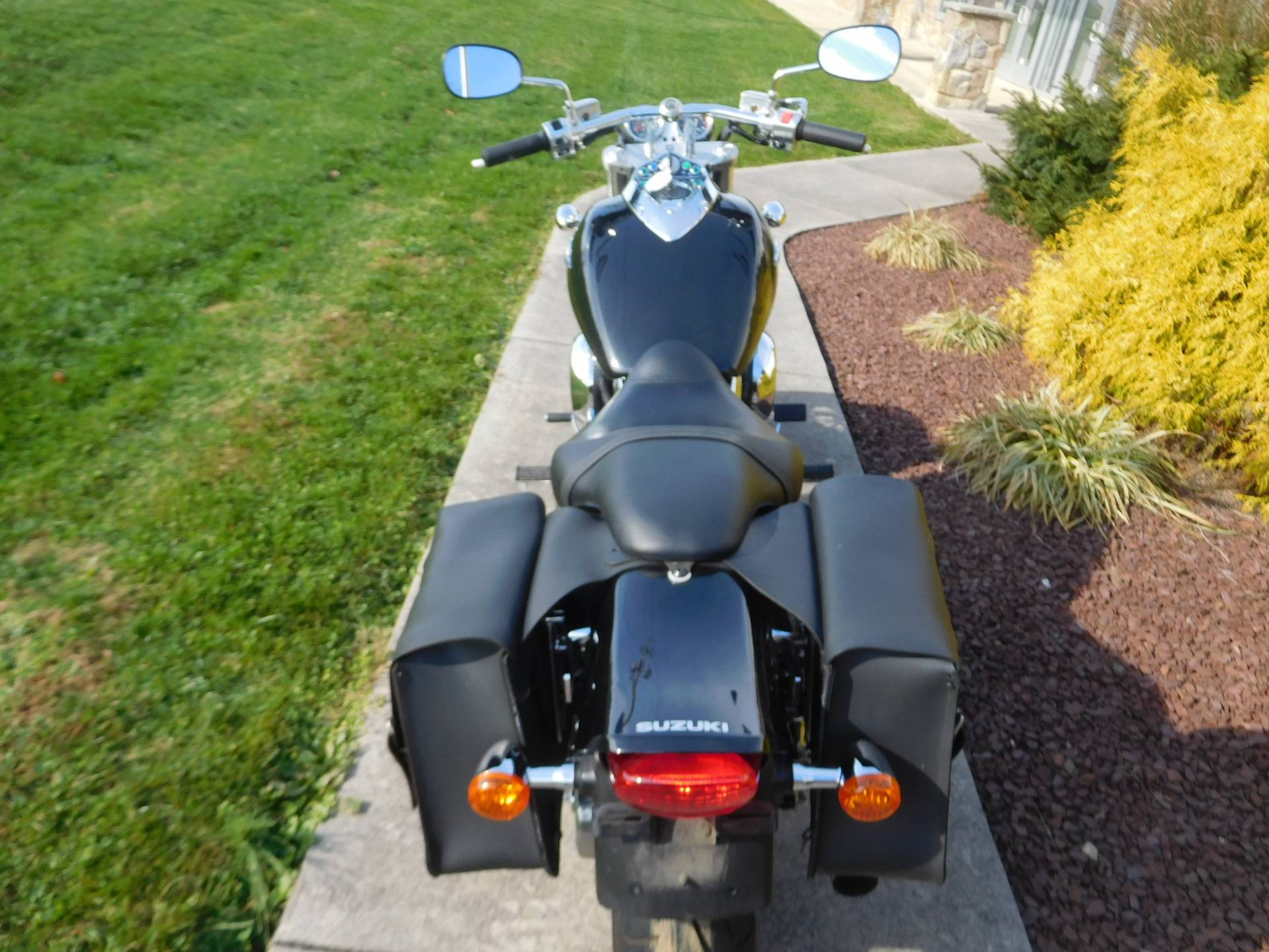 2005 Suzuki Boulevard M95 in Manheim, Pennsylvania - Photo 9