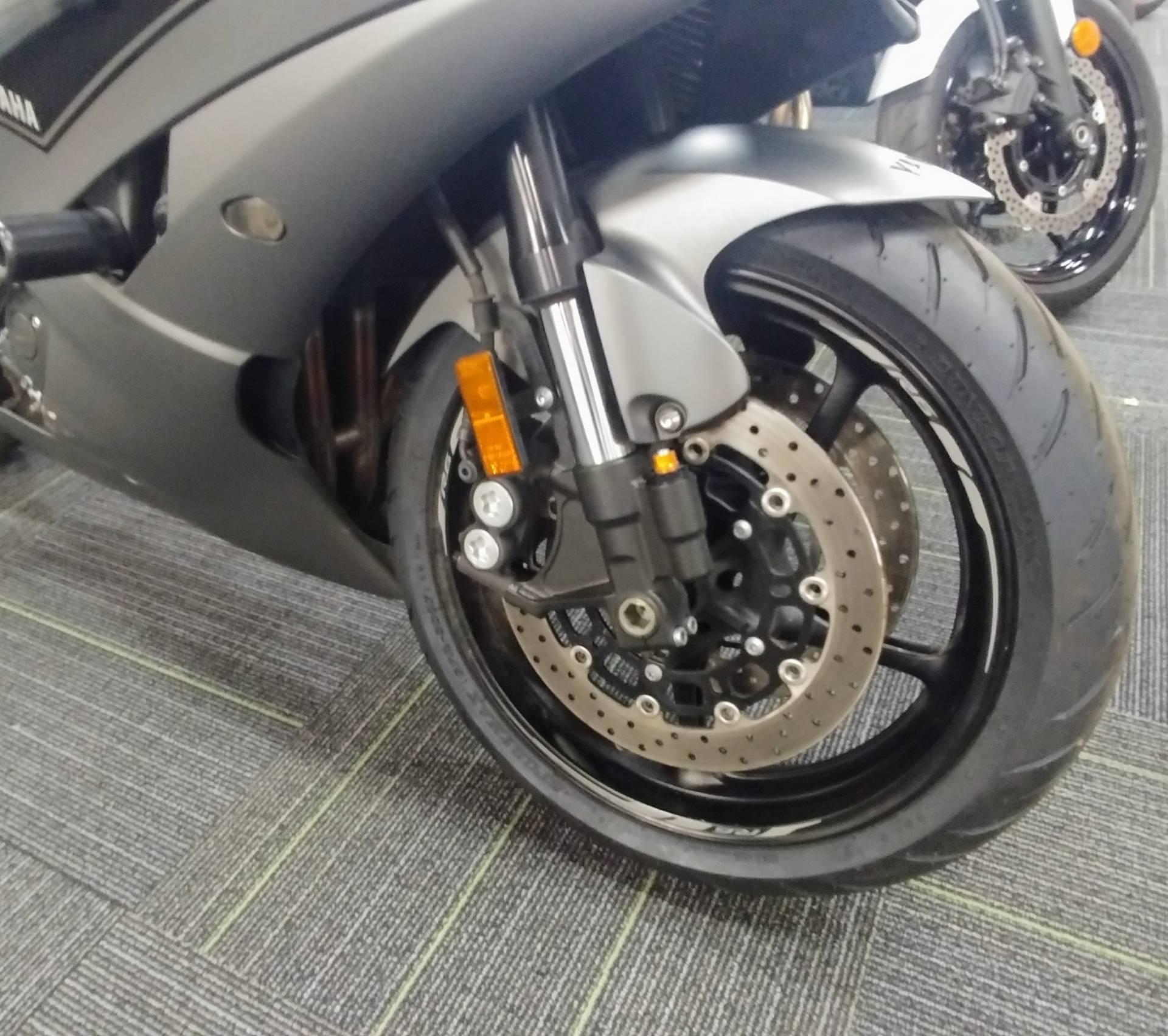 2016 Yamaha YZF-R6 7