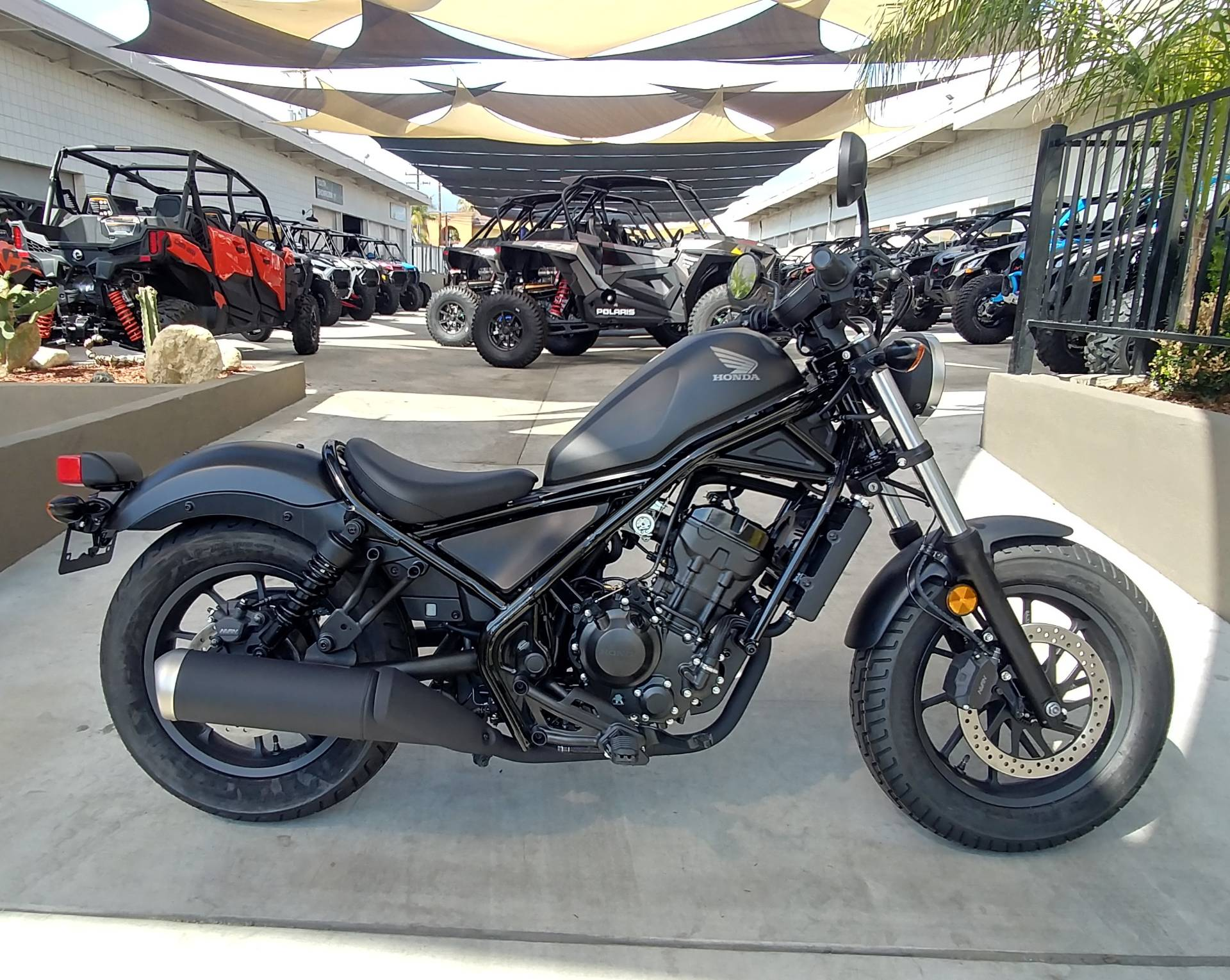 2019 Honda Rebel 300 in Ontario, California - Photo 2