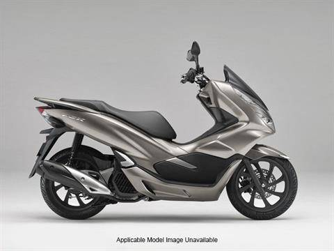 2019 Honda PCX150 in Ontario, California - Photo 5