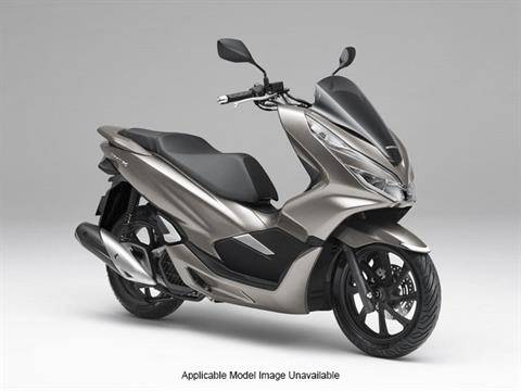 2019 Honda PCX150 in Ontario, California - Photo 6