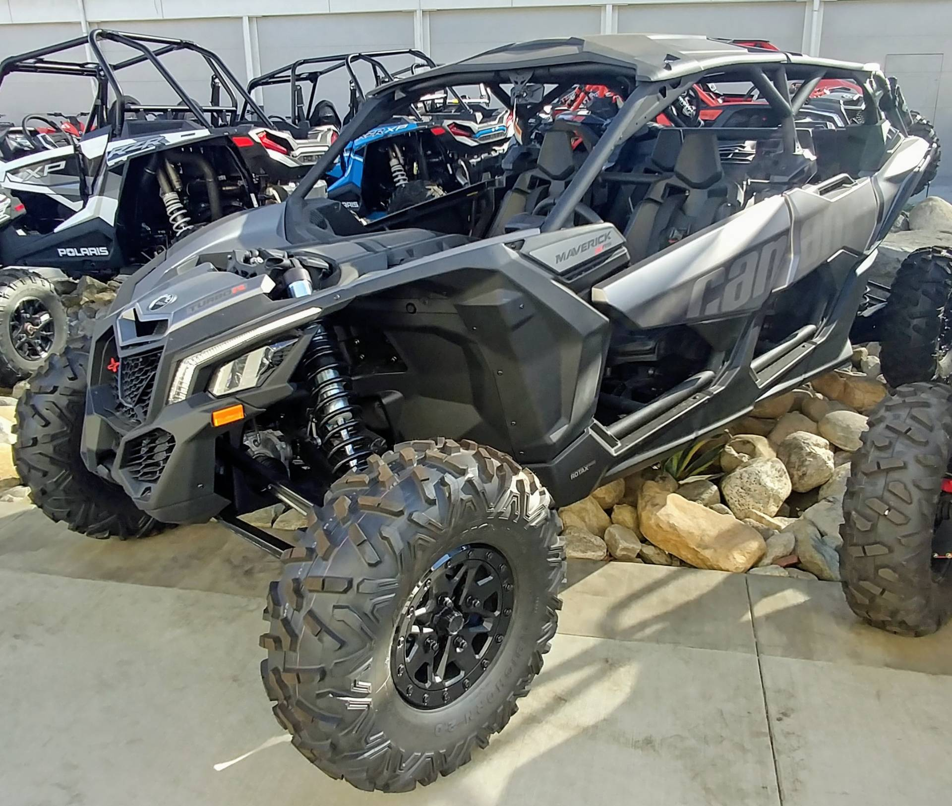 2019 Can-Am Maverick X3 Max X rs Turbo R in Ontario, California - Photo 2