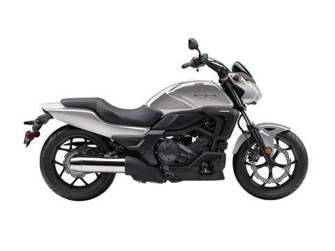 2015 Honda CTX®700N in Ontario, California