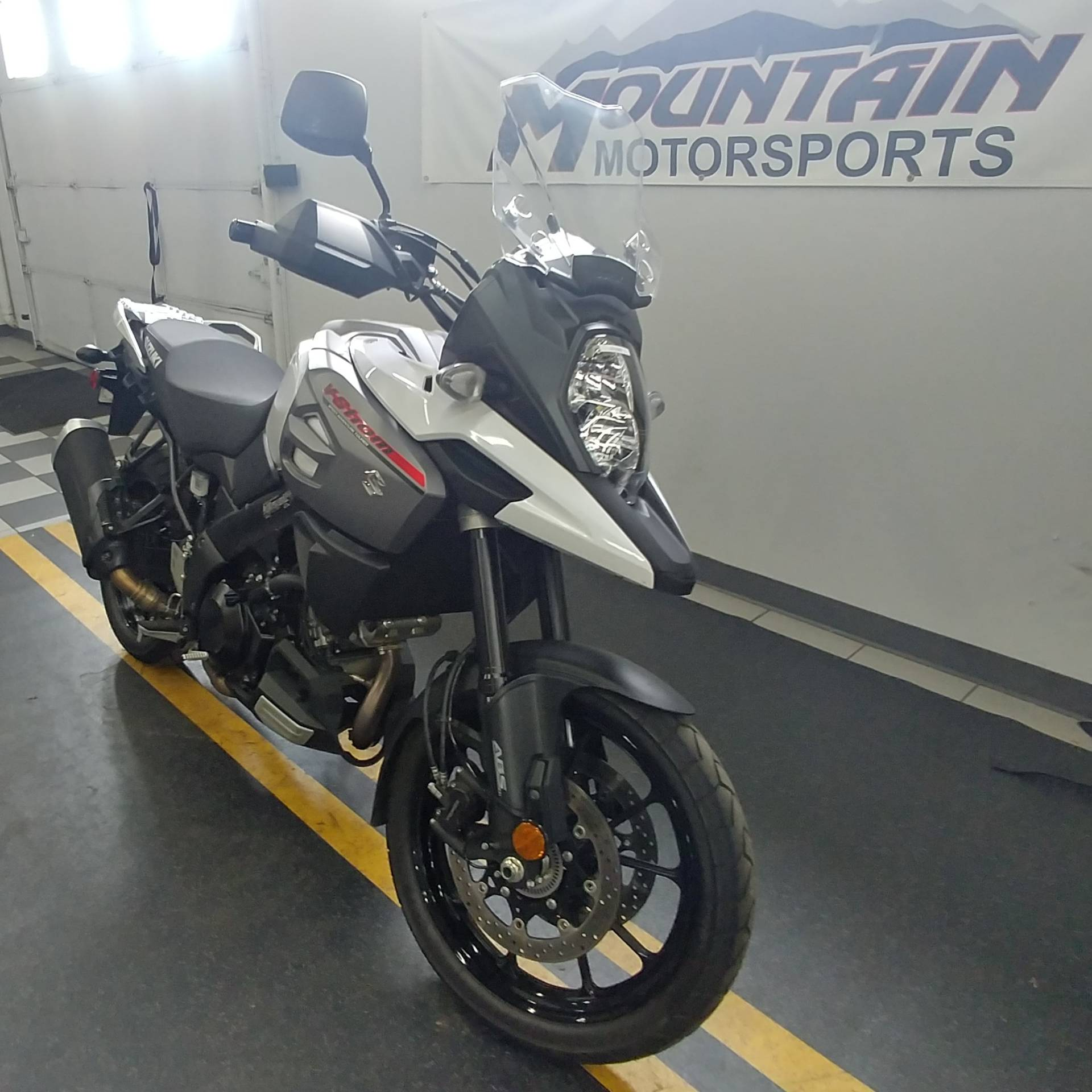 2018 Suzuki V-Strom 1000 in Ontario, California