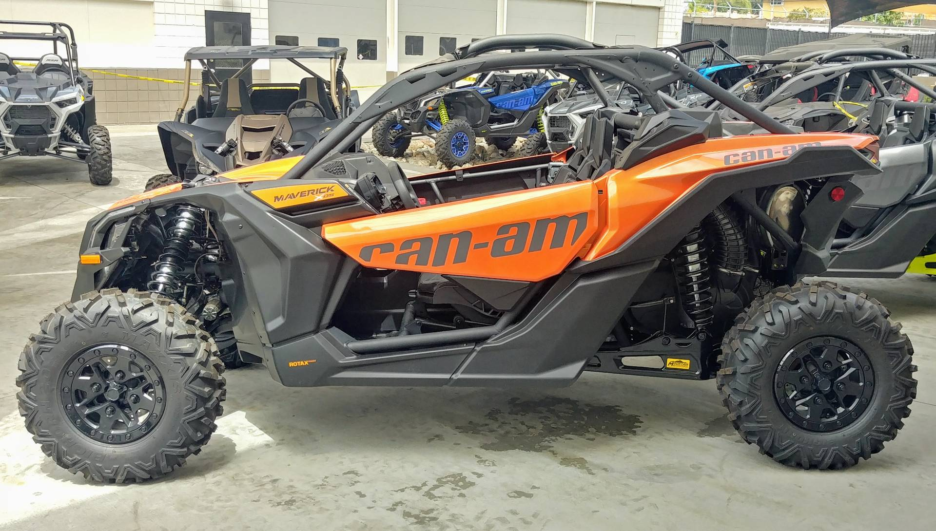 2020 Can-Am Maverick X3 X DS Turbo RR in Ontario, California - Photo 9