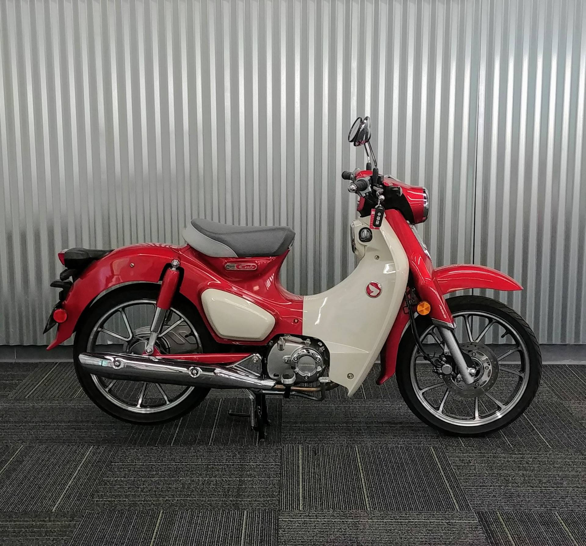 2020 Honda Super Cub C125 ABS in Ontario, California - Photo 2