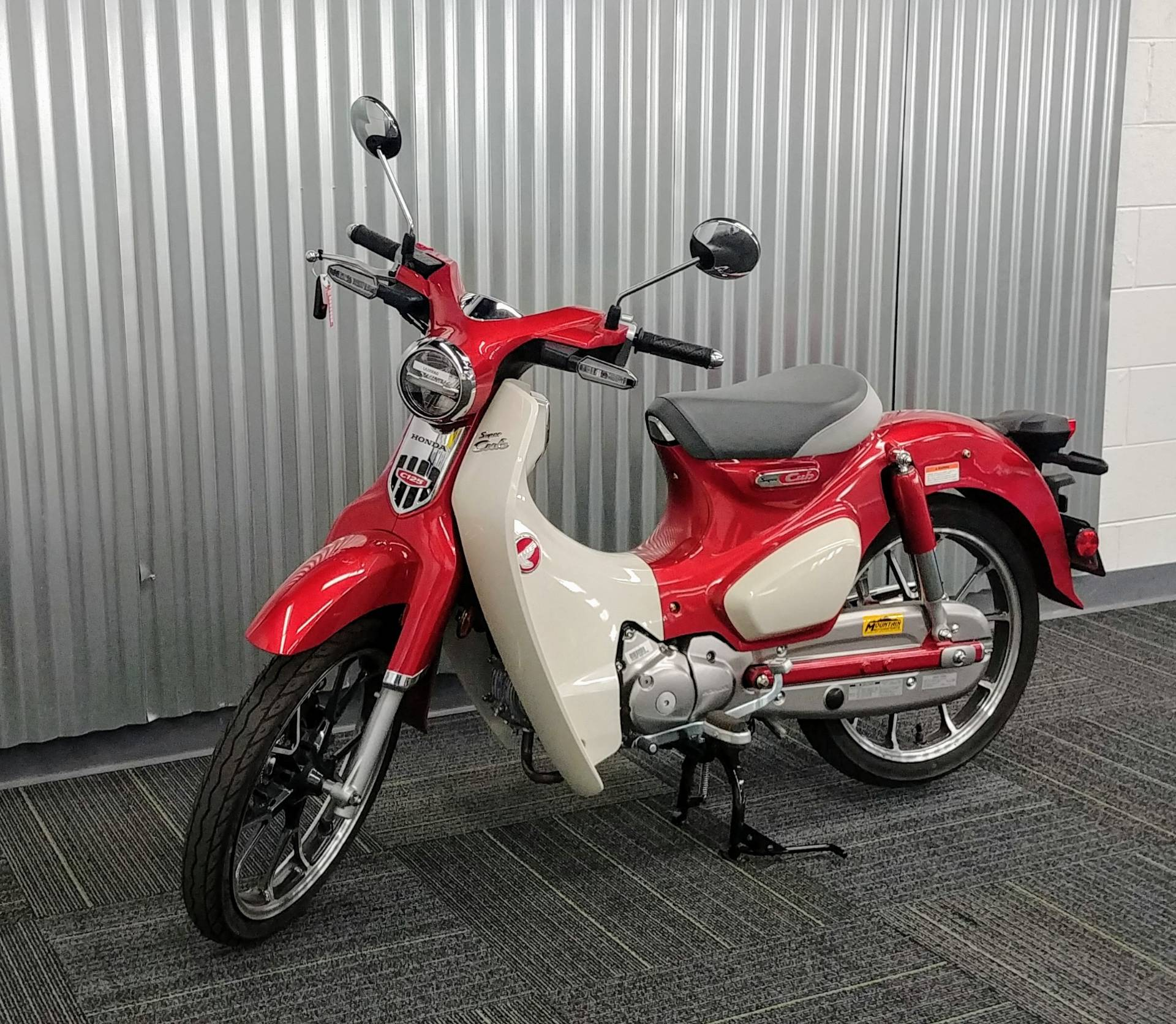 2020 Honda Super Cub C125 ABS in Ontario, California - Photo 10