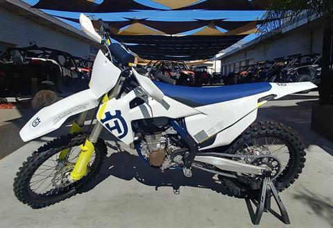 2019 Husqvarna FC 450 in Ontario, California - Photo 2